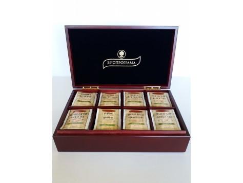 Дървена кутия с 8  вида чай
